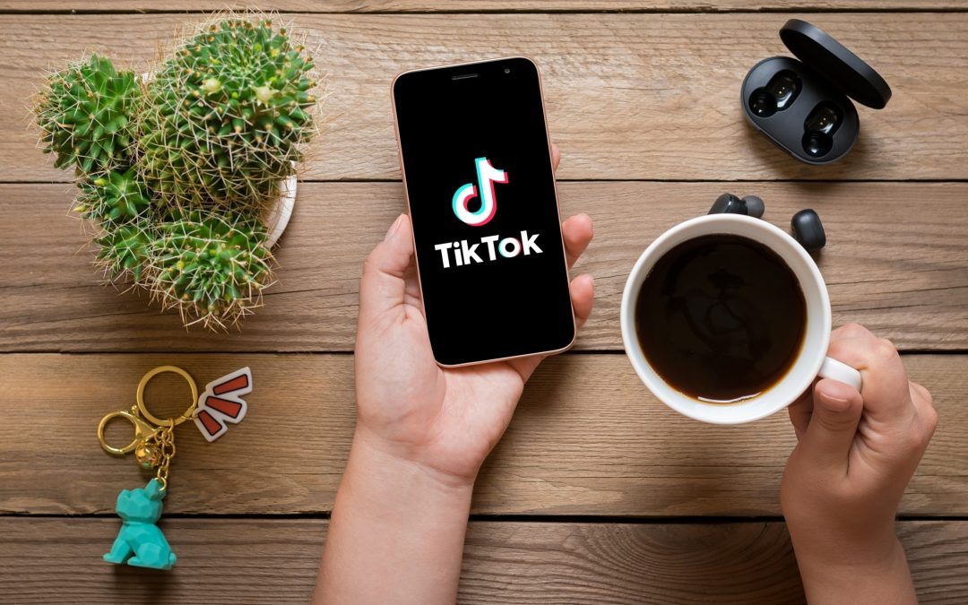 TikTok Has All the Other Apps Clock-Watching